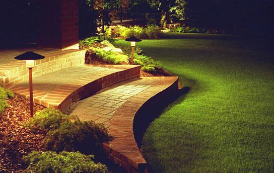 2010-12-outdoor-lighting-garden-3